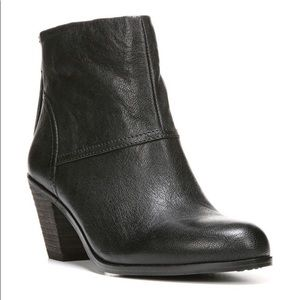Sam Edelman Larkin Black Leather Ankle Boots. 7.5